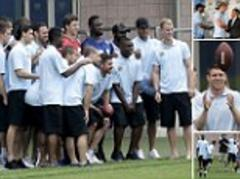 Manchester City players in New York with NFL team Giants