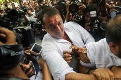 Sanjay Dutt shifted to Pune's high security Yervada jail from Mumbai