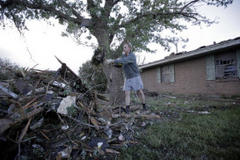 edgewater community rallies to help oklahoma tornado victims