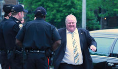 Rob Ford crack scandal: As the world gawks, Toronto police wait and watch